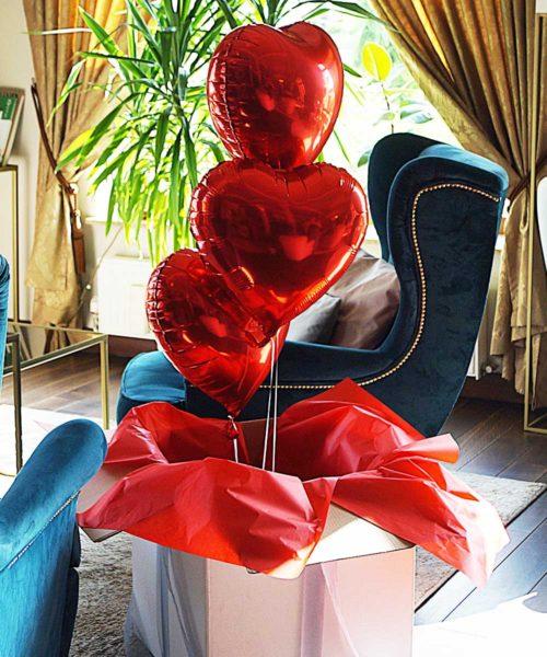 balony na prezent serca