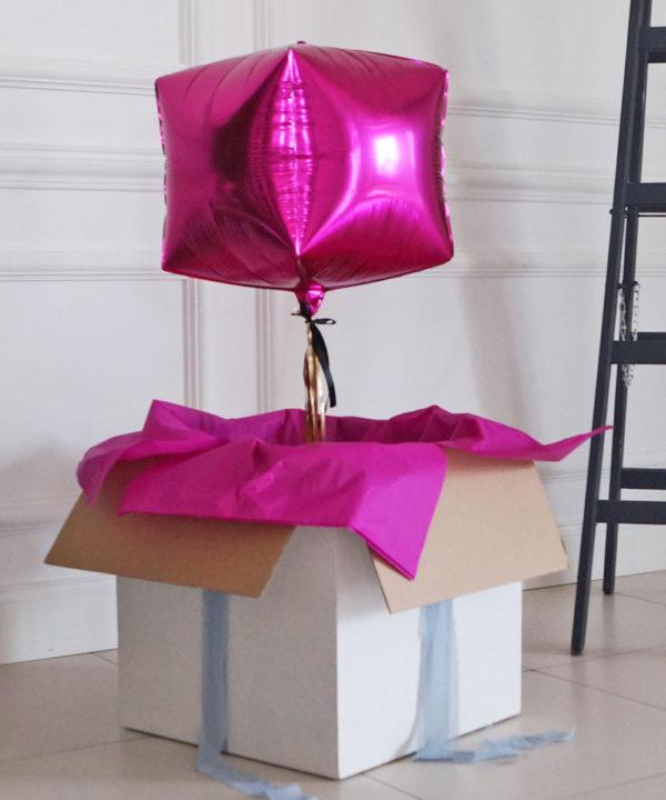 Balon w pudełku z helem – Bella