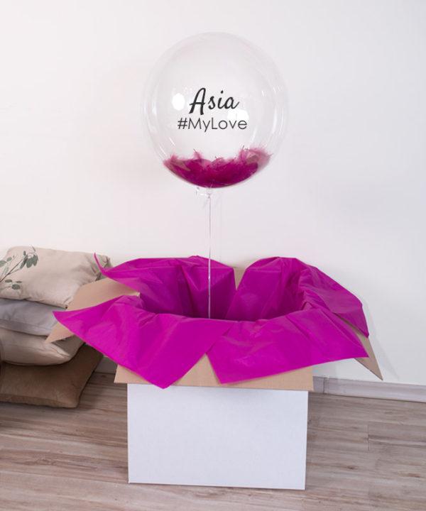 Przezroczysty balon z piórkami i helem w pudeÅ'ku – My Love