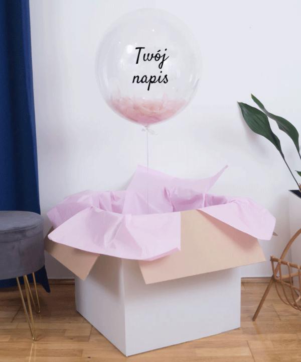 Balon wypełniony różowymi piórkami z helem i Twoim napisem