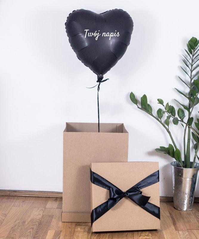 balon niespodzianka w pudełku