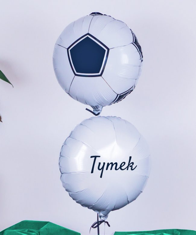 balon piłka w pudełku