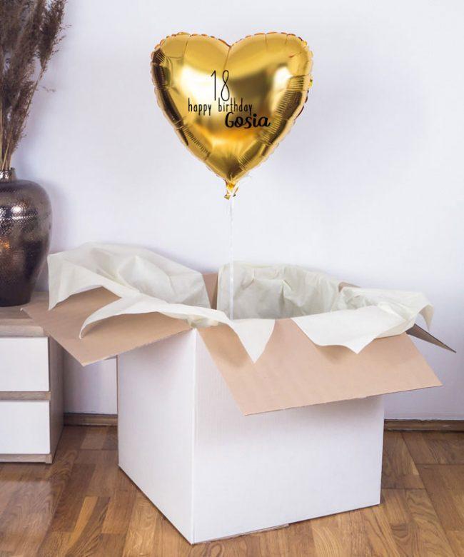 balon z helem na 18 urodziny