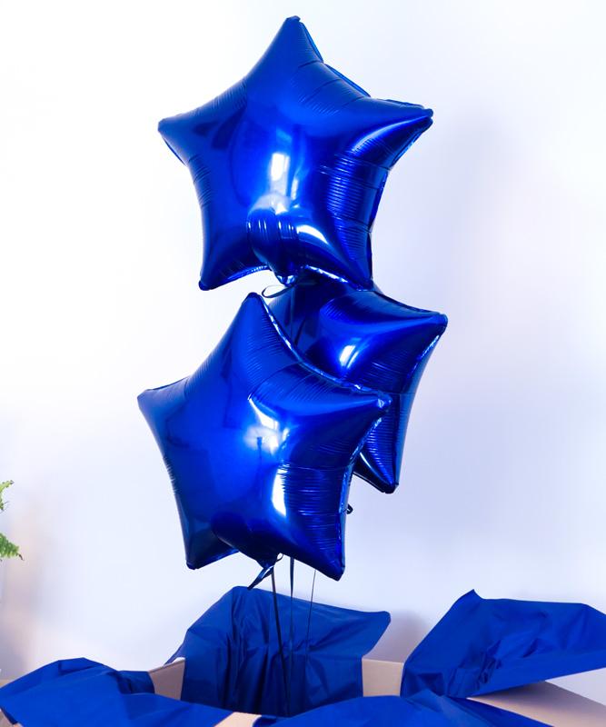 Zestaw trzech balonów z helem w pudełku – Gwiazdy