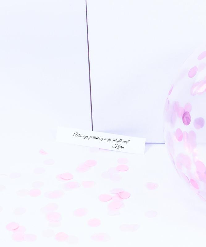 Prośba o świadkowanie – balon z wiadomością w środku