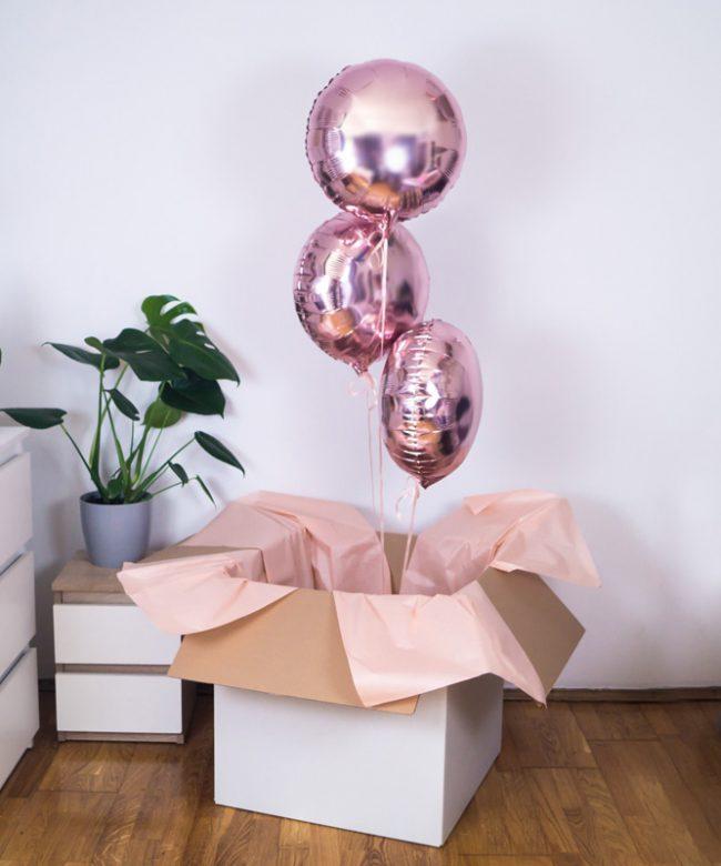 balony z helem na prezent