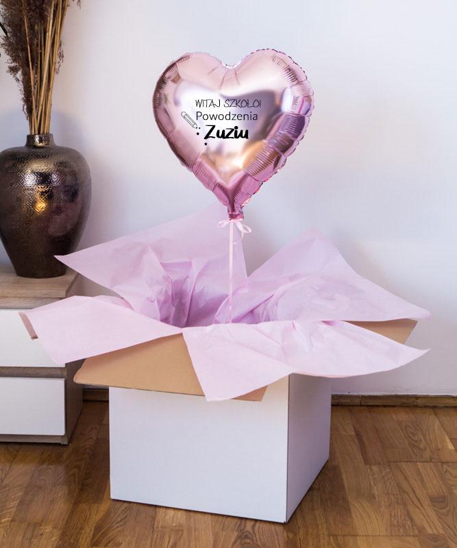 Balon z helem różowe serce – Witaj szkoło