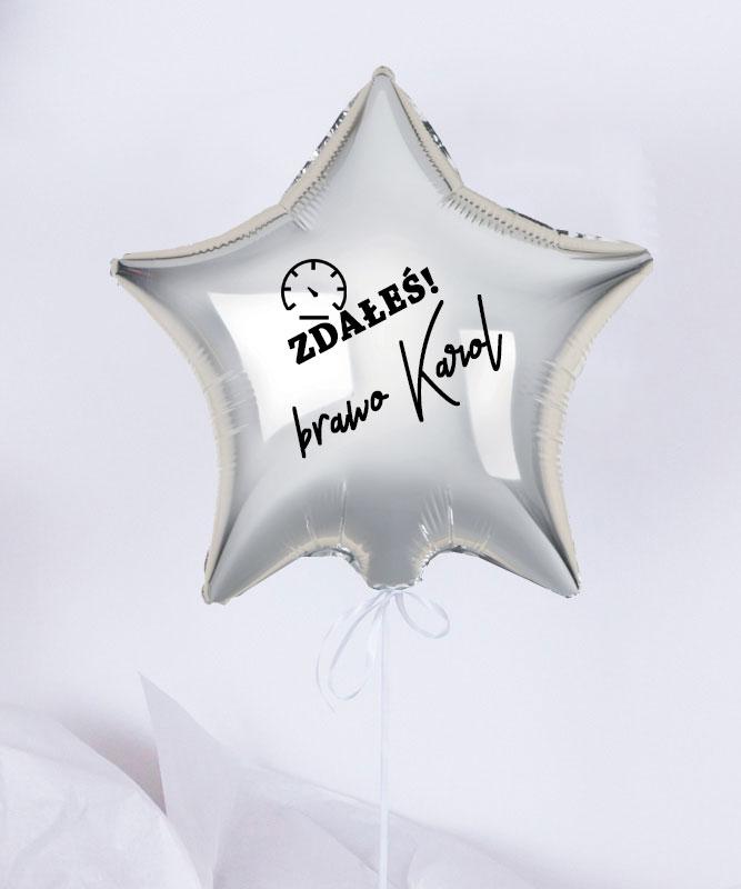Balon gratulacyjny gwiazdka z helem w pudełku  – Prawko